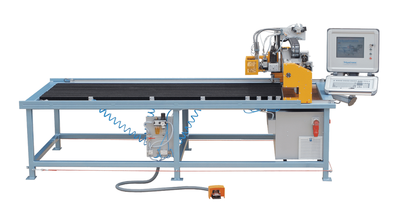 Universalzuschneidanlage EFM-L